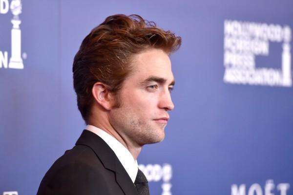 Lizzy Pattinson dating Det er ingen ligaer i dating